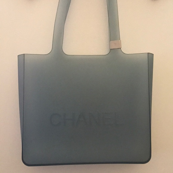 d35b2f6260b CHANEL Handbags - Vintage Chanel Jelly Rubber Bag